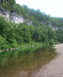 220px-Jacks_Fork_River_bluffs_1_jsigler